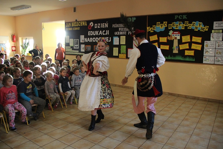 WIELKOPOLANIE EDUCATE GREATPOLISH AND TEENAGERS.